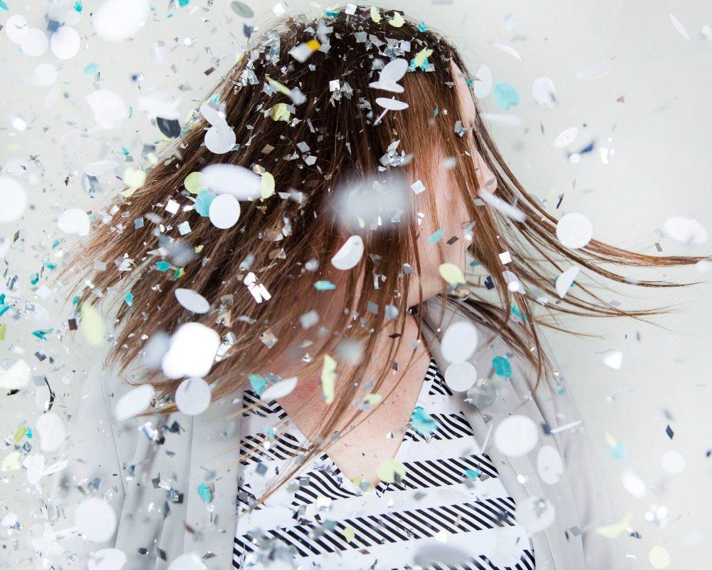 laura aura confetti everywhere